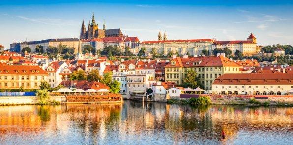 14990 р. за 8-дневный тур в Прагу
