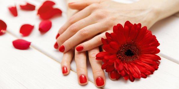 Скидки до 58% на ногтевой сервис в салоне Porte Rouge