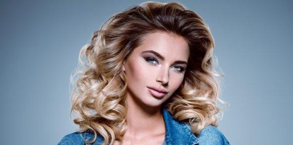 Скидки до 87% на парикмахерские услуги в студии красоты Kristin