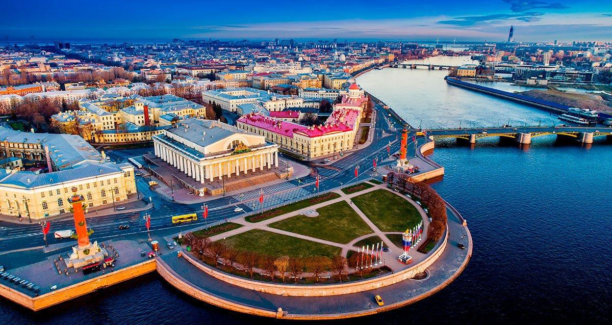 Скидки до 90% на автобусные экскурсии по Санкт-Петербургу