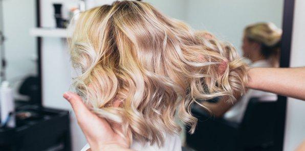 Скидки до 90% на услуги для волос в студии «Магия красоты»