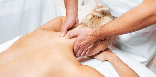 Скидки до 50% на массаж спины, ШВЗ и всего тела