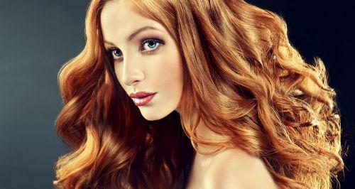 Скидки до 60% на услуги для волос в студии «Окира»