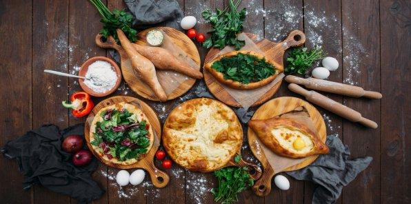 Скидка 50% в ресторане восточной и европейской кухни Basil