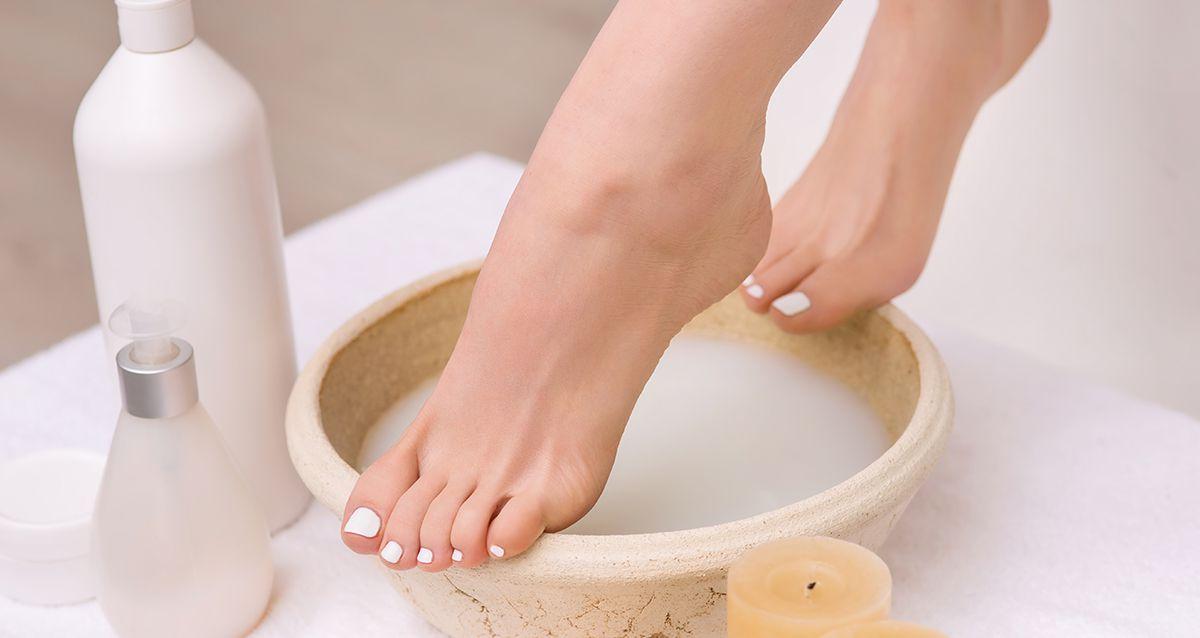 Пяточки как у младенца: как сохранить кожу ног нежной