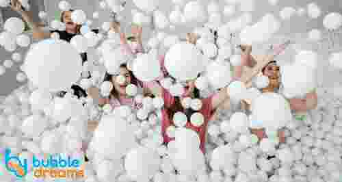 Скидки до 50% в сухом бассейне Bubble Dreams