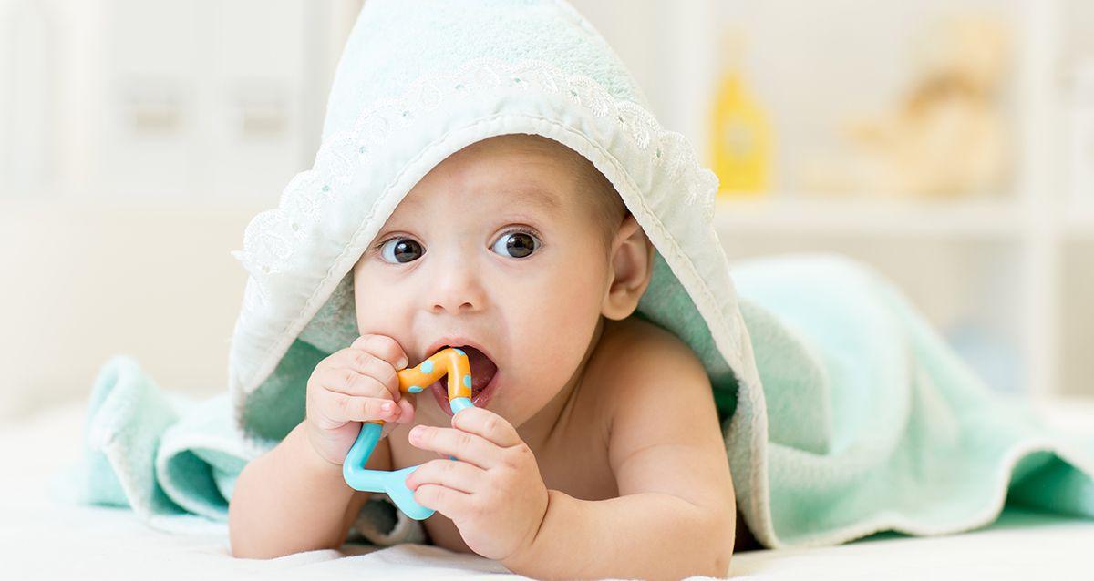 Игрушки для самых маленьких: от 0 месяцев