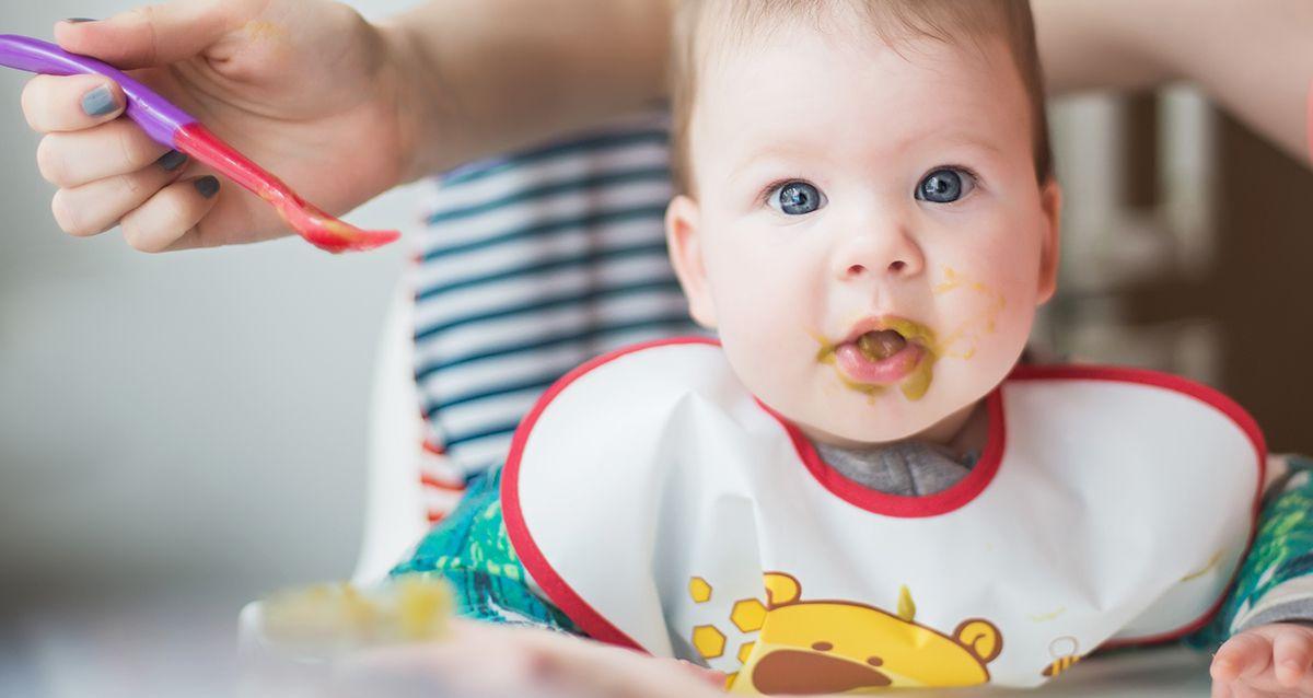 Детский прикорм: что добавлять в рацион после 5 месяцев