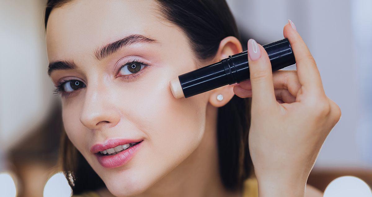 Как правильно маскировать несовершенства кожи: часть 1