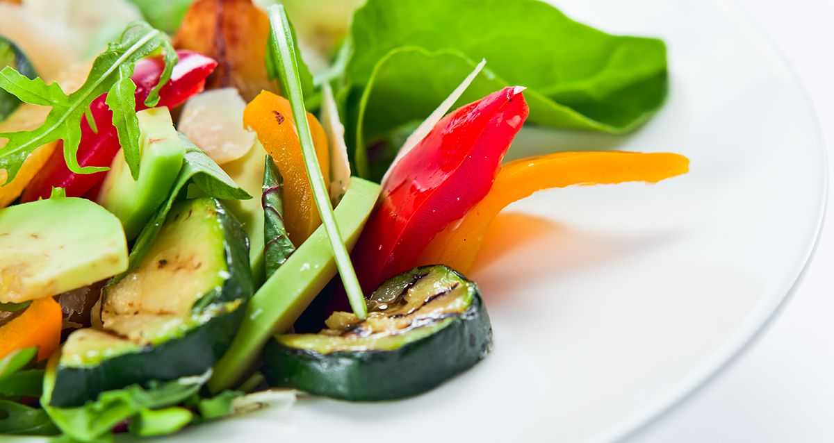 Салаты с кабачками: 3 рецепта