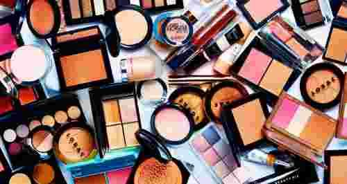 5 способов избавиться от ненужной косметики