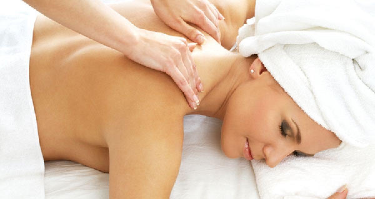 Расслабляющий массаж для удовольствия вашей шеи!