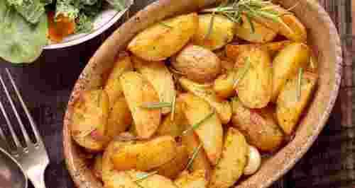Простые рецепты с картофелем в духовке