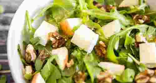 Летние салаты с зеленью: 3 рецепта
