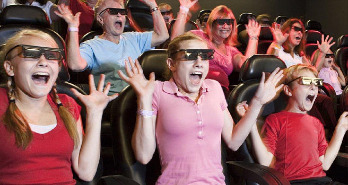 """Заряд адреналина в 5D кинотеатре """"D-Vision"""""""