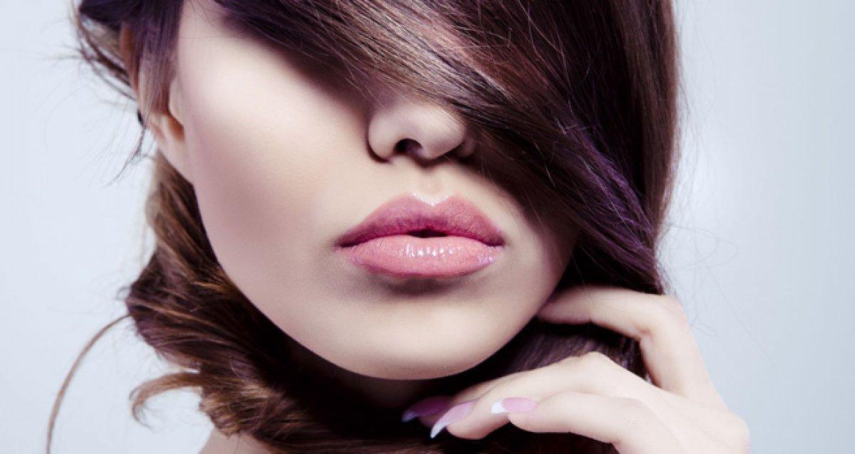Желанные губы для поцелуев!