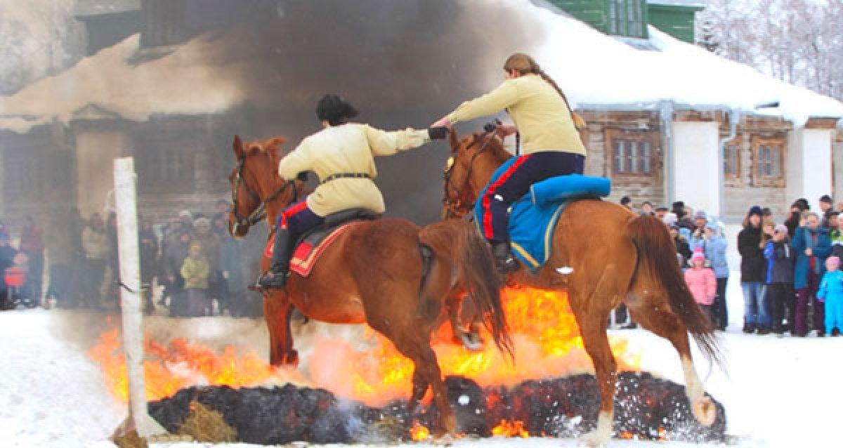 Сказочная Масленица! От 1200 р. за конное представление, катания в санях для 2-х взрослых и 2-х детей