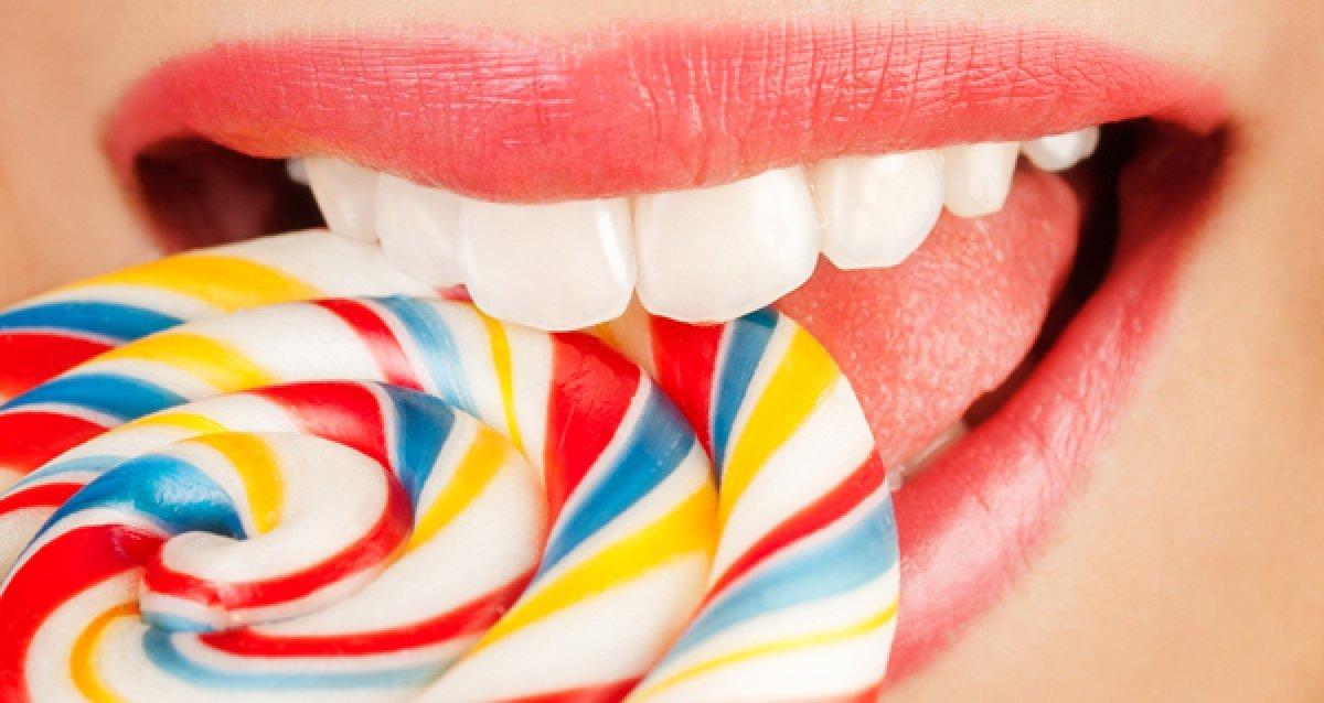 Улыбайтесь чаще! 900 р. за пломбирование и реставрацию зуба! Скидки до 80% на установку импланта «под ключ», коронки, виниры и другое!