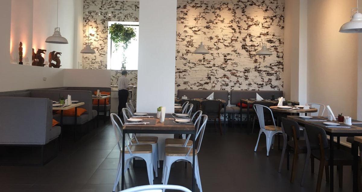 интерьер ресторана тайской кухни Baan Thai